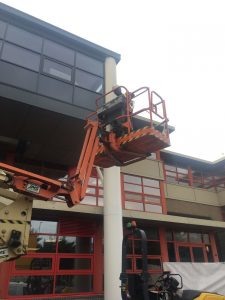 DSW Cleaning commercial gutter cleaning