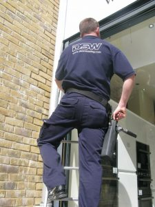 window cleaner pimlico