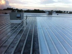 commercial roof cleaning london